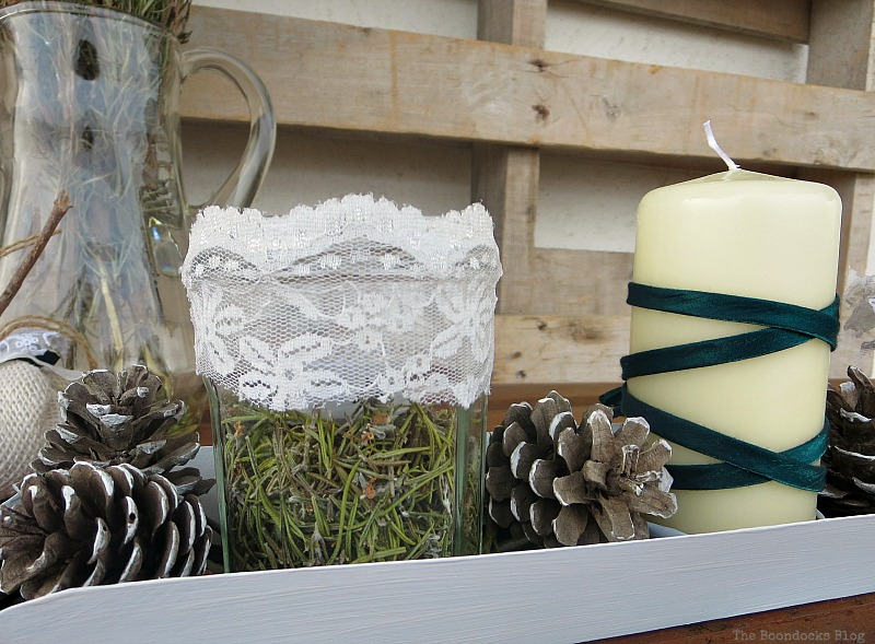 Detail of centerpiece with lace, Easy Green Christmas Centerpieces www.theboondocksblog.com