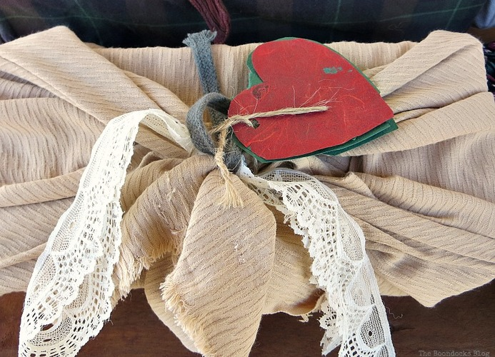 Fabric and lace, How to Repurpose vintage fabric for gift wrapping, the boondocksblog.com