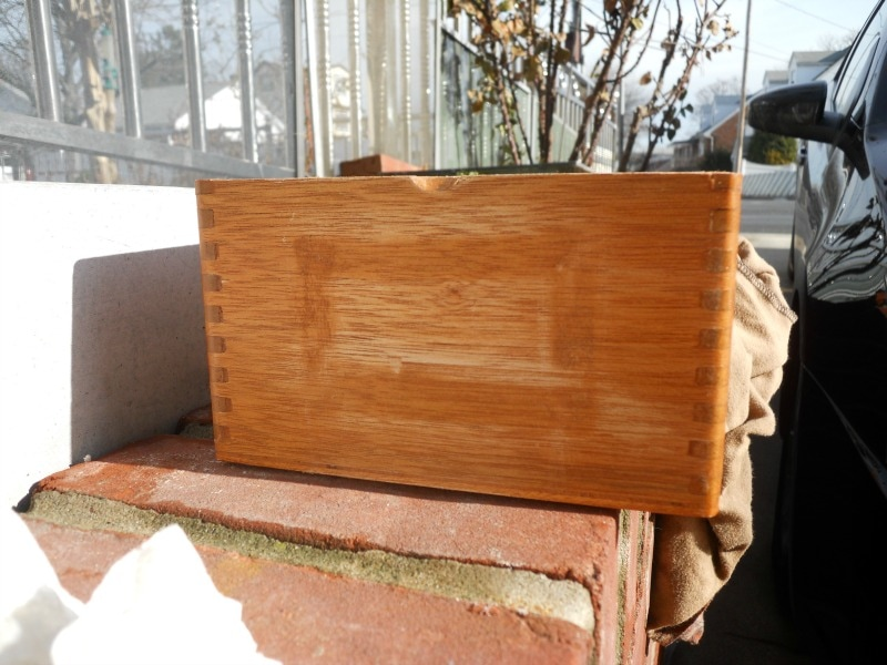 wooden box with glue, Valentine's Day Wooden Gift Box www.theboondocksblog.com