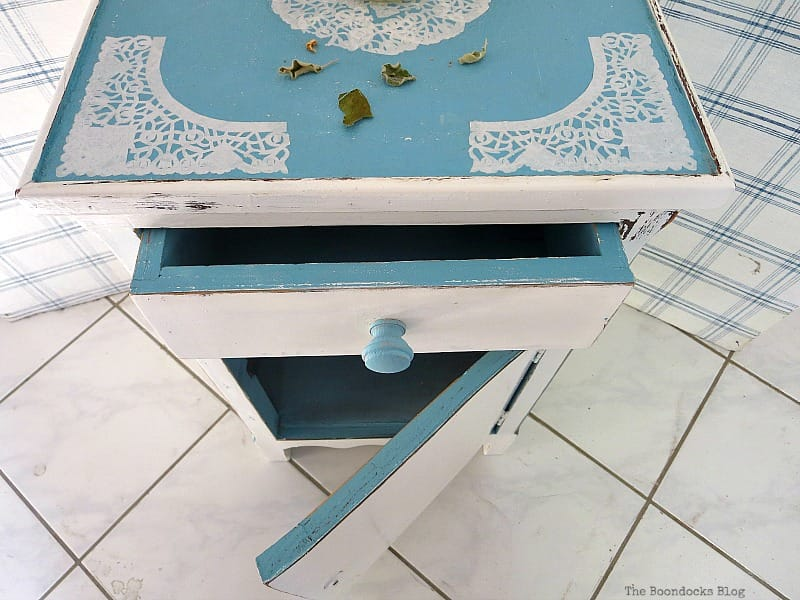 The Doily Top Side Table The Boondocks Blog Most Popular DIY Posts for 2016