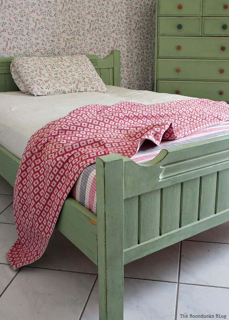 How to makeover an old wooden bedframe The Boondocks Blog Most Popular DIY Posts for 2016
