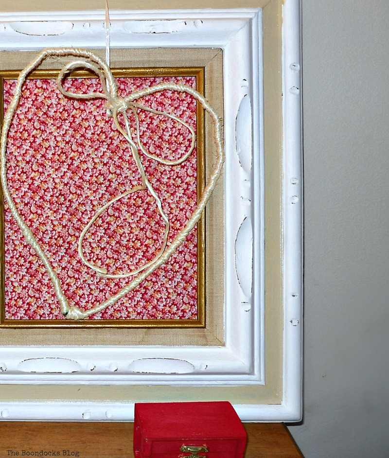 wire heart wrapped in twine, Valentine's Day Framed Heart Craft - Int'l Bloggers Club www.theboondocksblog.com