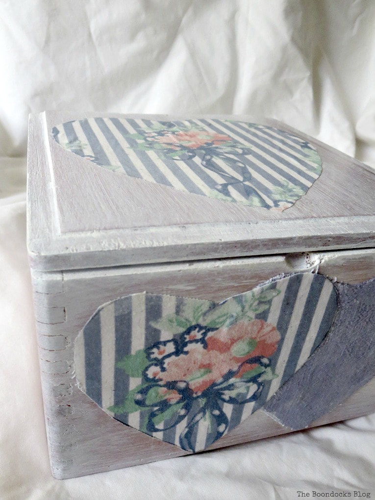 wooden box with decoupaged hearts, Valentine's Day Wooden Gift Box www.theboondocksblog.com