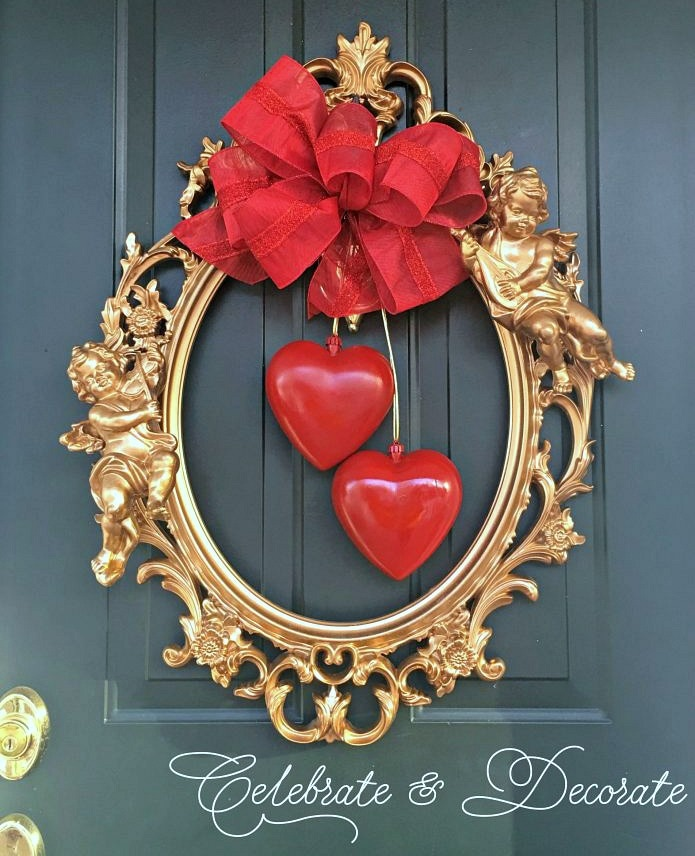 baroque wreath, Valentine's Day Blog Hop Features www.theboondocksblog.com