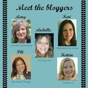 """meet the bloggers"" overlay with pictures of five women and their names."