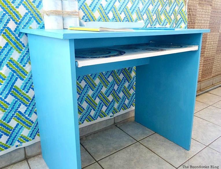 finished desk, Fabulous Ikea Desk Makeover with Chalky Finish Paint, thebookdocksblog.com