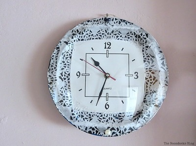 This image has an empty alt attribute; its file name is clock-5_2.jpg