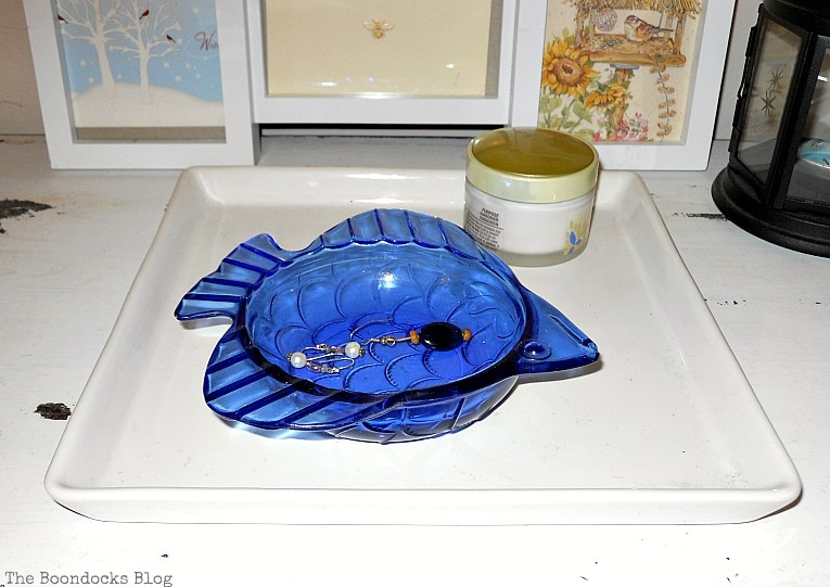 blue fish bowl, A glimpse into my world and some odds and ends, www.theboondocksblog.com