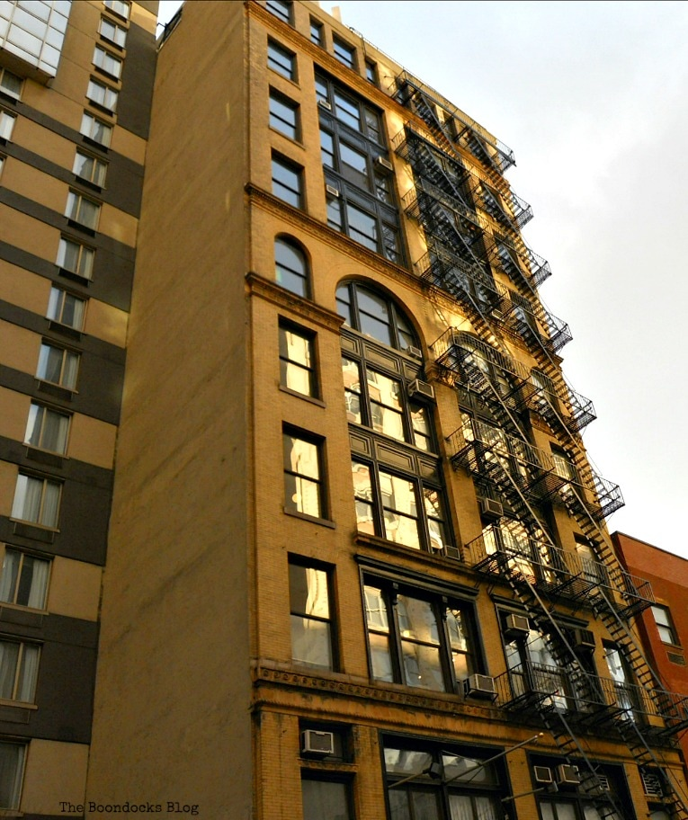 building with exterior fire escapes, Buildings of New York www.theboondocksblog.com