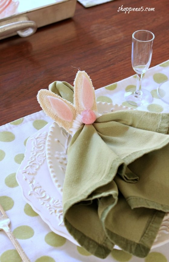 bunny napkin ring, Eight Ideas for the Love of Celebrating Spring www.theboondocksblog.com
