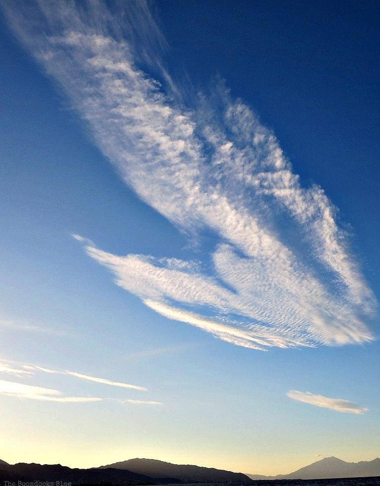 cloud formation on blue sky, Facebook photos for April, www.theboondocksblog.com