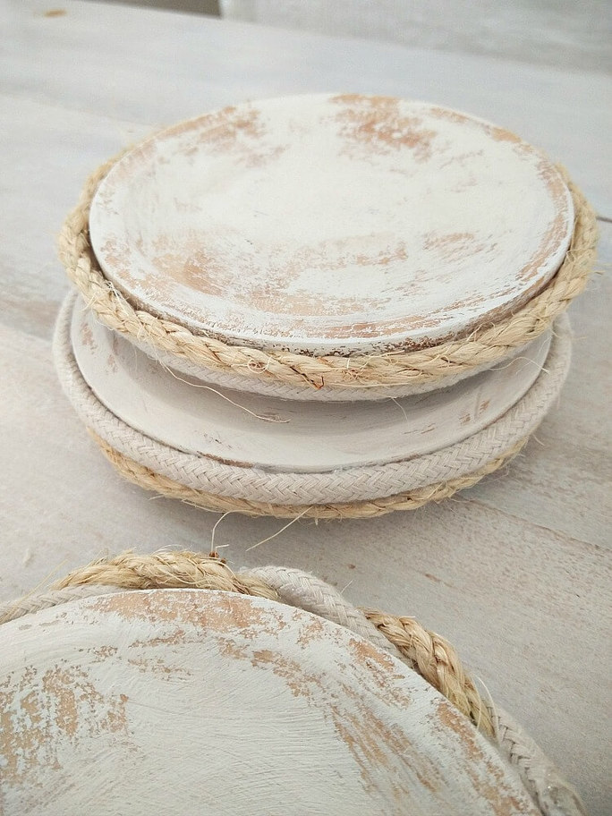 rope wrapped coasters KreativK, How to Pamper Mom for Mother's Day with DIY Gift Ideas www.theboondocksblog.com