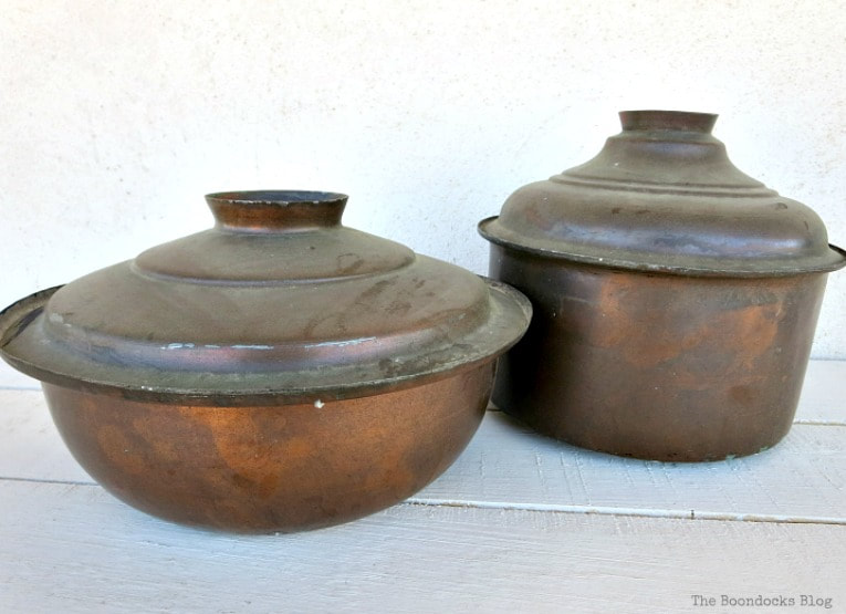 2 vintage copper pots before, How to Upcycle Vintage Copper Pots the Wrong Way www.theboondocksblog.com