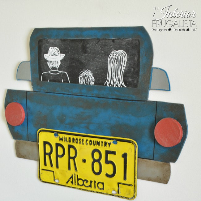 License plate into children's wall art from the Interior Frugalista, 16 Fun and Easy Back to School DIY Gift Ideas www.theboondocksblog.com