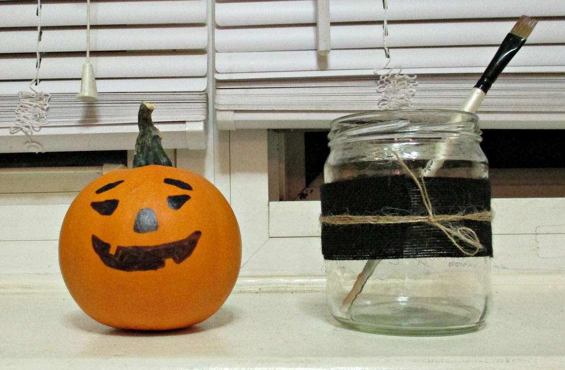 A happy pumpkin, My Obligatory Post in Praise of Autumn www.theboondocksblog.com