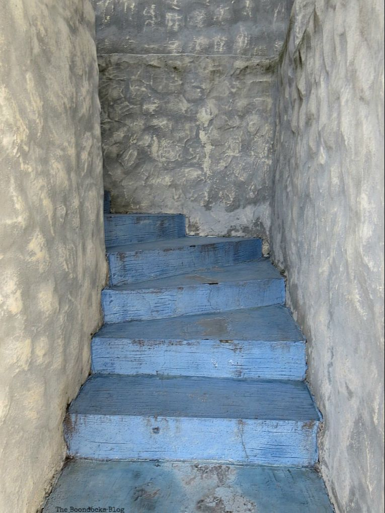 blue staircase surrounded by stone walls, Photos of the Day for September 2017 www.theboondocksblog.com