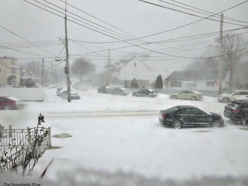 Heavy snowfall, Photos of the Day for November and December www.theboondocksblog.com