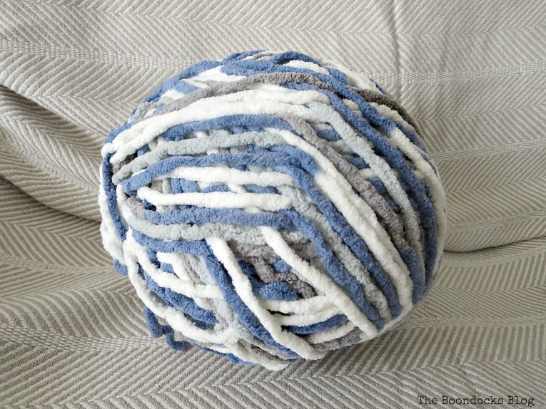 ball of yarn, How to easily transform a blanket with yarn, www.theboondocksblog.com