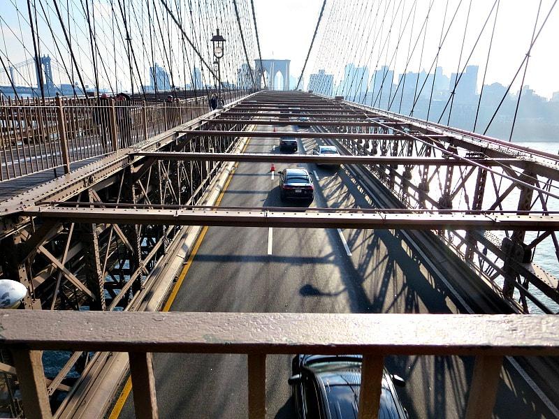 The parkway of the Brooklyn Bridge, A Tour of the Astonishing Brooklyn Bridge Walkway www.theboondocksblog.com
