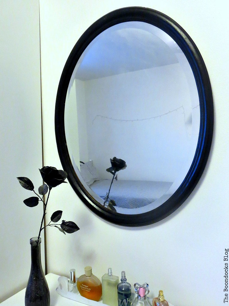 Black painted mirror in girls bedroom, How to Revive an Old Wood Mirror with Paint www.theboondocksblog.com