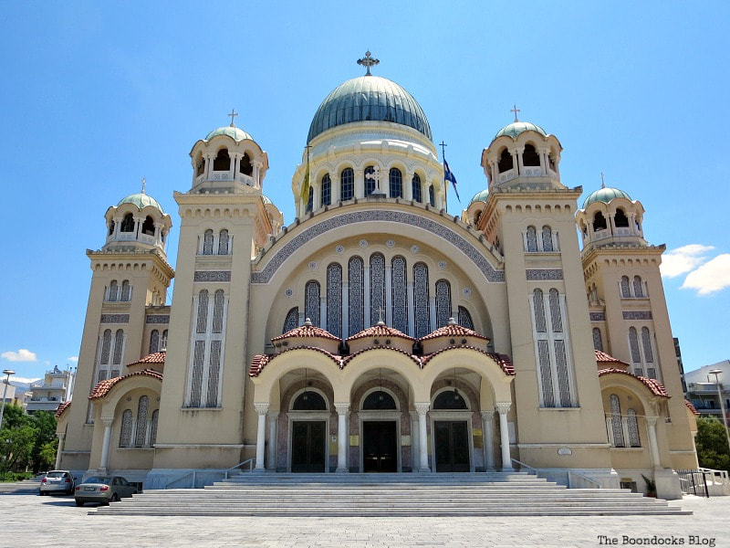 Central photo of St. Andrew's Cathedral, A Spotlight on Impressive Saint Andrew's Cathedral, www.theboondocksblog.com