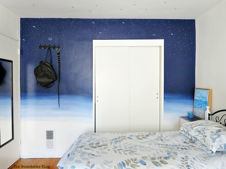 Ombre wall with space theme on top, A Tour of the (mostly) black and white bedroom www.theboondocksblog.com