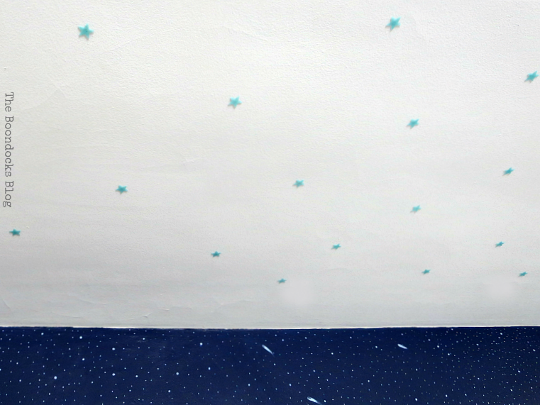 Glow-in-the-dark stars on ceiling, A Tour of the (mostly) black and white bedroom www.theboondocksblog.com