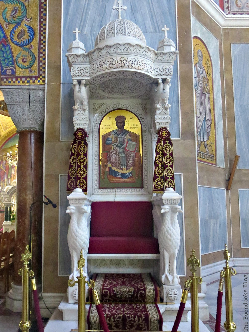 The Bishop's Throne, Admiring the Interior of Saint Andrew's Cathedral www.theboondocksblog.com