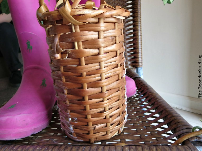 wicker wine bottle holder, How to re-purpose a torn rattan chair, www.theboondocksblog.com