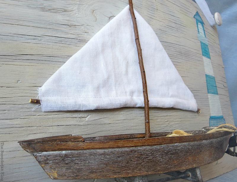 The boat, Seaside Art from a hidden treasure in the dresser / www.theboondocksblog.com