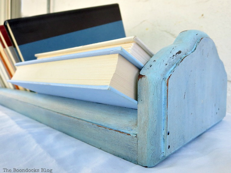 How to get a fun look for a Vintage book trough with paint and wax, What is a Vintage Book Trough and how to make it fun www.theboondocksblog.com