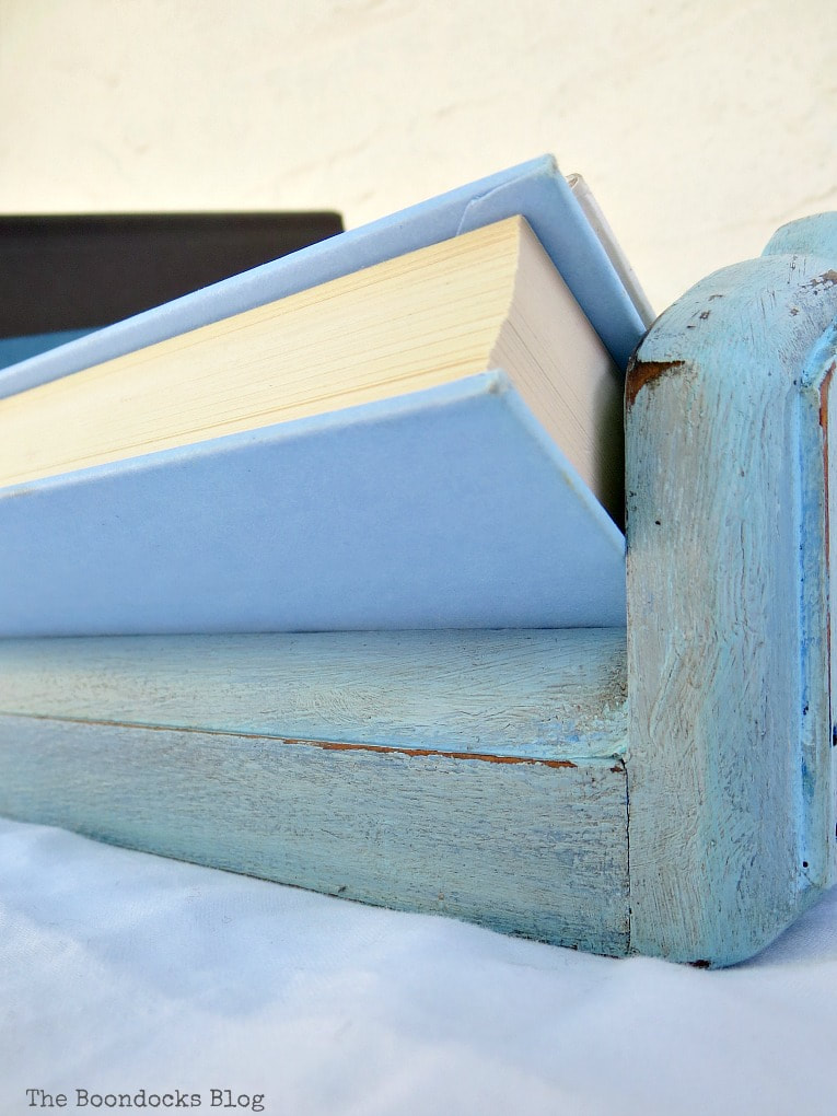 How to get a fun look for a Vintage book trough with paint and wax, #furnituremakeover #storage #upcycle #bookstorage #Vintagebookshelf #vintagedeskcase #funcolor #decorativewax #chalkyfinishpaint What is a Vintage Book Trough and how to make it fun www.theboondocksblog.com