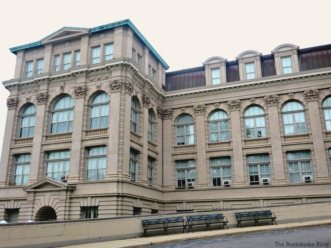 The Mertz Library, The Greatest Botanical Garden in the World, www.theboondocksblog.com