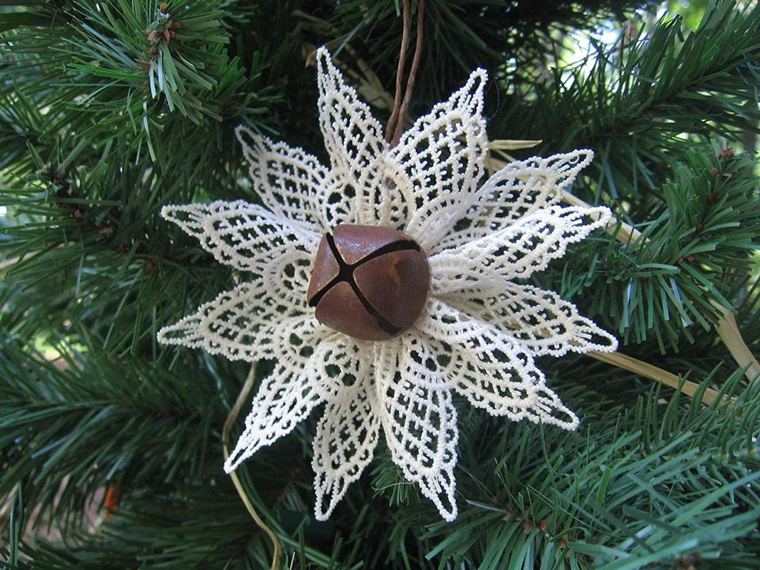 Farmhouse ornament with rusty bell and lace, Ten Amazing Hand-Made Gifts for $10 and Under www.theboondocksblog.com