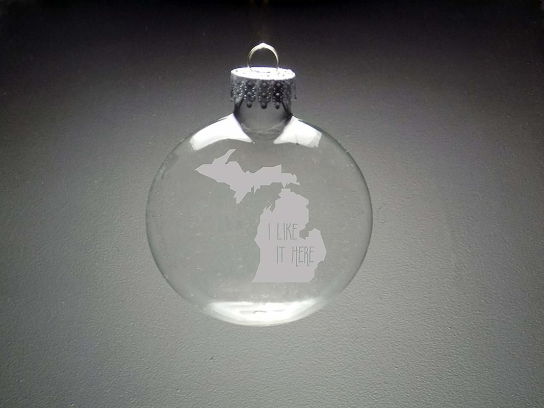 Ornament with etching of favorite place, Ten Amazing Hand-Made Gifts for $10 and Under www.theboondocksblog.com