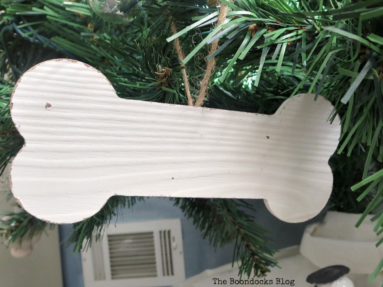 wood dog bone ornament, It's all About the Sparkle of the Christmas Tree www.theboondocksblog.com