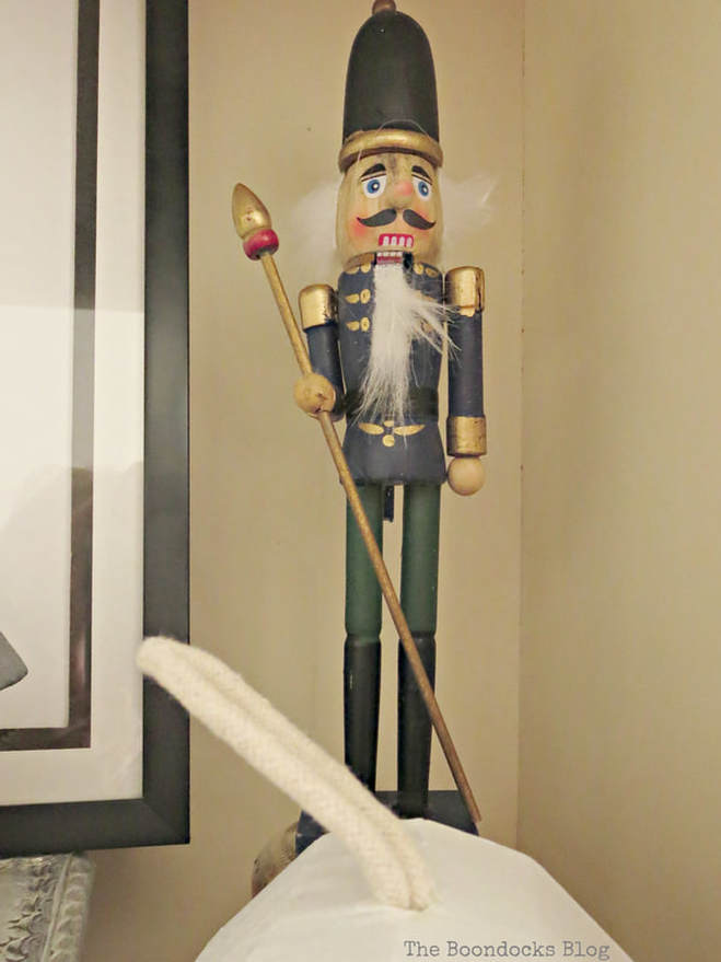 The Nutcracker, How to Reuse Old Decor to Make Bright Christmas Vignettes www.theboondocksblog.com