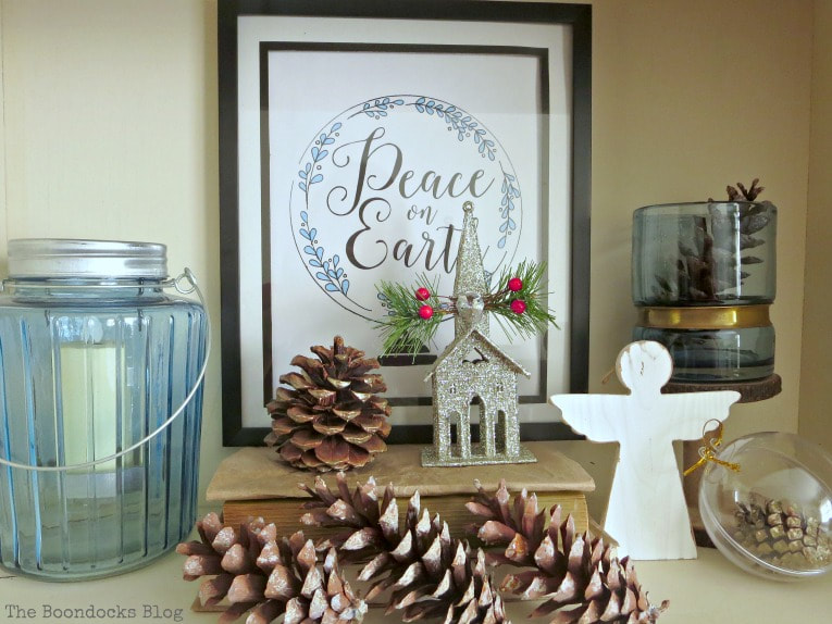 blue and white decor with picture frame, How to Reuse Old Decor to Make Bright Christmas Vignettes www.theboondocksblog.com