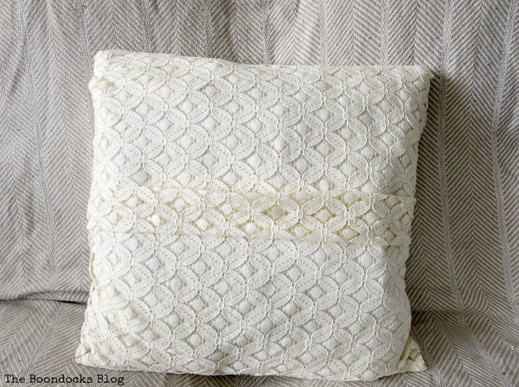 lace pillowcase with pleat in the center, How to Make Easy Pillows out of Fabric Remnants 5 ways www.theboondocksblog.com