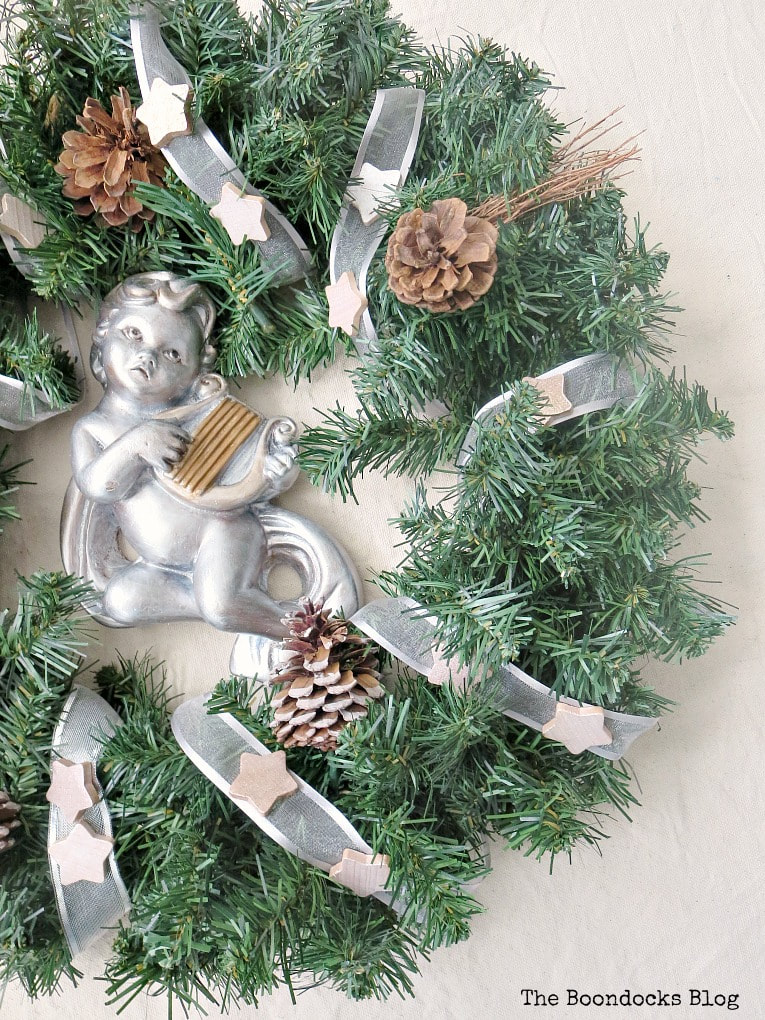 Cherub painted in pearl white, How to Make a Christmas Wreath with Metallic Accents, www.theboondocksblog.com