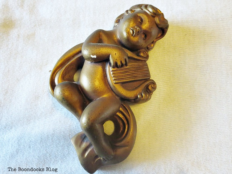 cherub holding harp, How to Make a Christmas Wreath with Metallic Accents, www.theboondocksblog.com