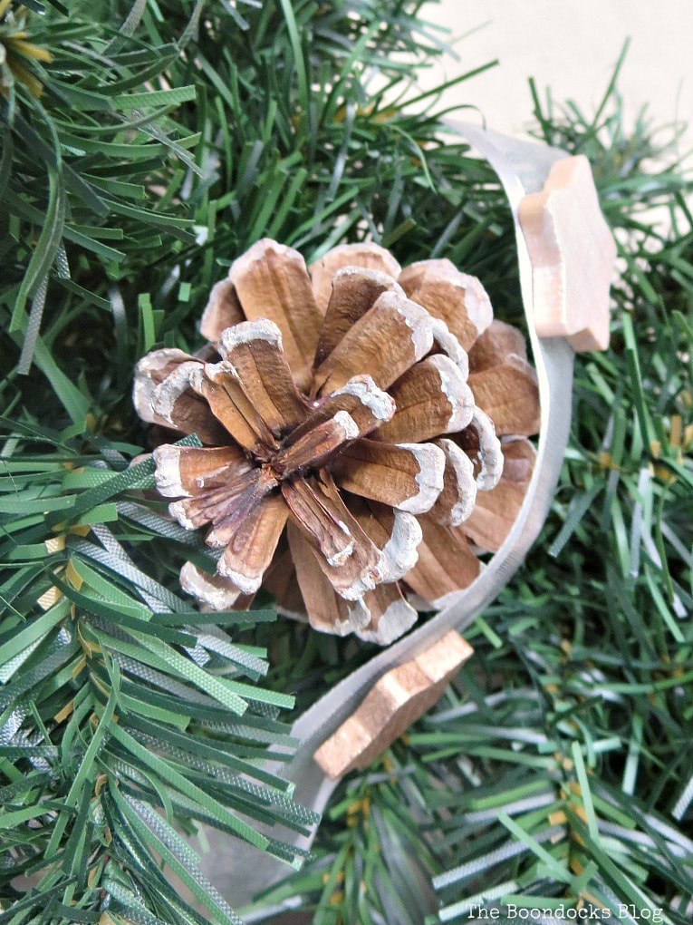 pine cone on wreath, How to Make a Christmas Wreath with Metallic Accents, www.theboondocksblog.com