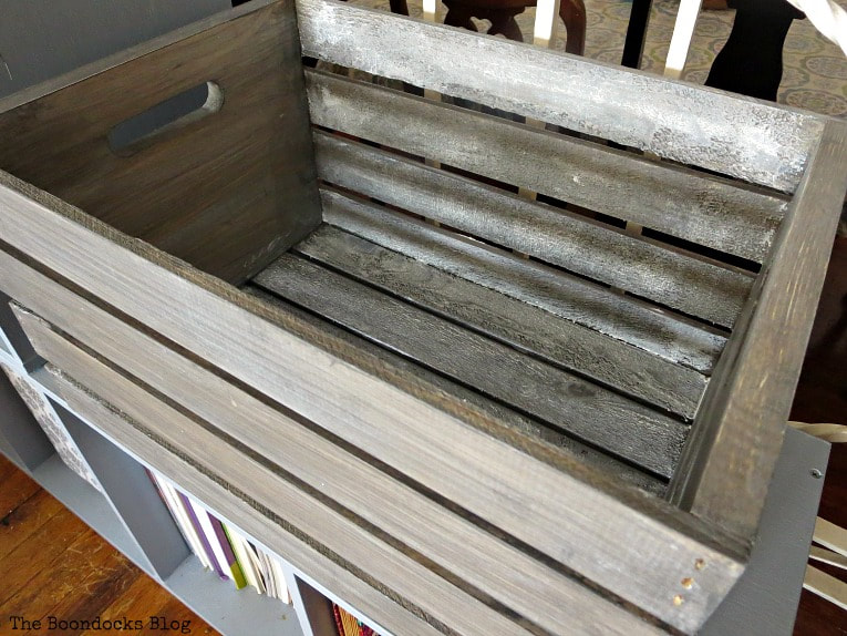 The inside of the crate with the white wax showing through to create a rustic look, How to get a stunning finish on a wood crate with stain www.theboondocksblog.com