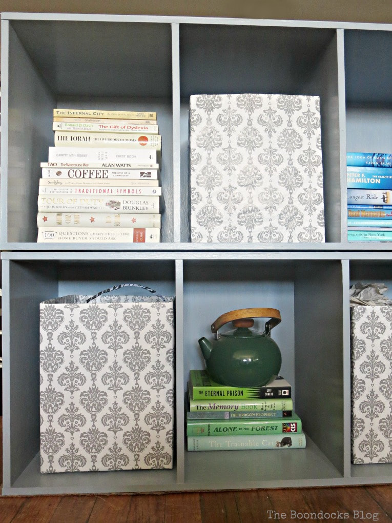 Close up of laminate cubby storage units, #laminatefurniture #furnituremakeover #furniture #paintedfurniture #storage #laminatecubbystorageunit #easytutorial How to Repaint Cubby Storage Units the Easy Way www.theboondocksblog.com