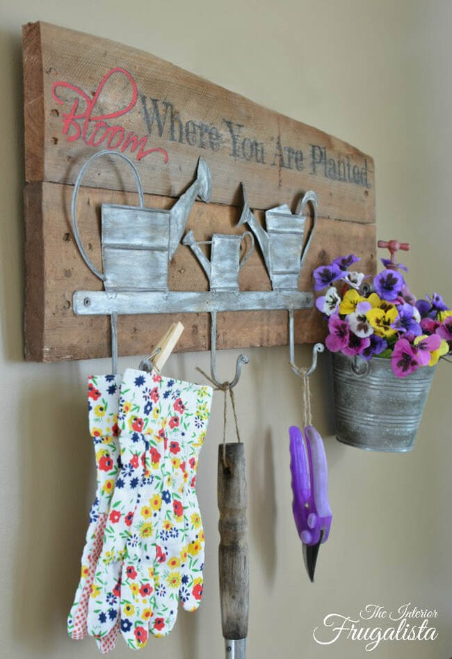 Spring Garden DIY tool holder with a planter, 35 Easy Spring Ideas to Inspire You www.theboondocksblog.com
