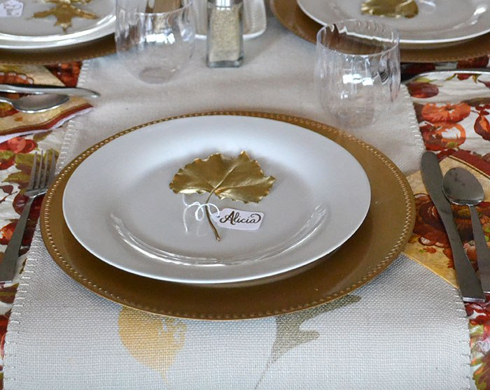 Pins in a Nutshell gold place settings, 12 Colorful ways to help you prepare for Thanksgiving www.theboondocksblog.com