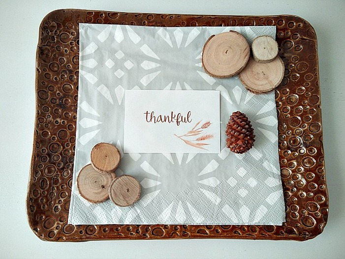 KreativK place setting printables, 12 Colorful ways to help you prepare for Thanksgiving www.theboondocksblog.com