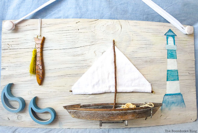 Seaside Art from a hidden treasure in the dresser / www.theboondocksblog.com
