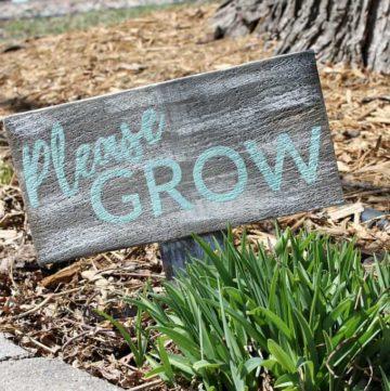 Distressed garden sign.